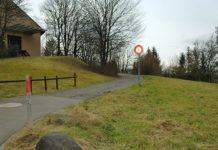 Strasse zum Chirchbüel-Areal