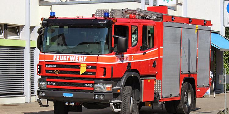 Zwei neue Feuerwehrautos für Zumikon
