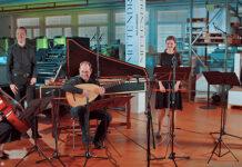 Mittendrin: Das Ensemble Vivacité mit Initiantin Lydia Dietrich an der Blockflöte (Zweite von rechts). (Bild: fd)