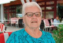 Auch mit 80 Jahren geht Brigitte Schenker noch auf die Pride, um weitere engagierte Eltern zu finden. (Bild: bms)